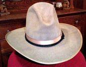 Stetson_cowboy_hat_1920